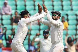 Ravindra Jadeja and Virat Kohli celebrate Angelo Mathews' wicket