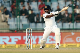 Angelo Mathews slashes through the off side