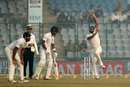 Mohammed Shami sizes up his target in his run-up, India v Sri Lanka, 3rd Test, Delhi, 3rd day, December 4, 2017