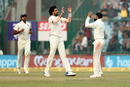 Ishant Sharma and Virat Kohli celebrate the wicket of Sadeera Samarawickrama, India v Sri Lanka, 3rd Test, Delhi, 3rd day, December 4, 2017