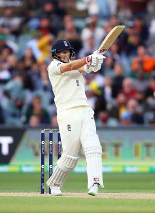 Joe Root battled hard to keep the chase alive