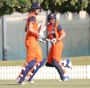 Ben Cooper and Wesley Barresi produced a WCL Championship record partnership for any wicket of 236 runs