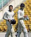 Shreyas Gopal (left) and S Aravind added a rapid 92 for the last wicket to haul Karnataka past 550, Mumbai v Karnataka, Ranji Trophy 2017-18, quarter-finals, 3rd day, Nagpur, December 9, 2017