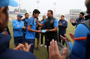 From one spin-bowling allrounder to another: Ravi Shastri hands Washington Sundar his ODI cap, India v Sri Lanka, 2nd ODI, Mohali, December 13, 2017