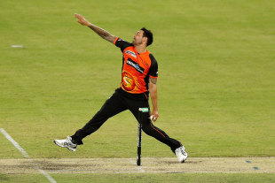 Mitchell Johnson limbers up for the BBL