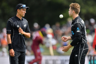 Trent Boult and Lockie Ferguson have a chat