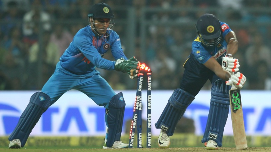 Till Today You Don't Have a Wicket-keeper to Replace MS Dhoni - Ravi Shastri