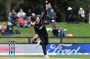 Mitchell Santner tosses one up, New Zealand v West Indies, 3rd ODI, Christchurch, December 26, 2017
