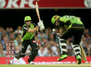 Ben Rohrer copped a blow in the chest area at the non-striker's end, Brisbane Heat v Sydney Thunder, Big Bash 2017-18, Brisbane, December 27, 2017