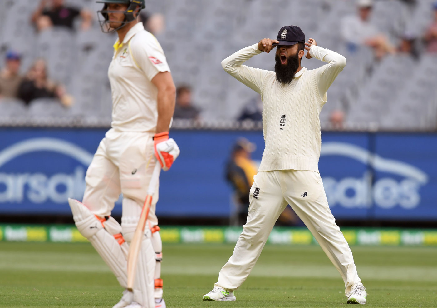 Ashes 2017/18: Injured Chris Woakes Out, Mason Crane to Debut in Sydney