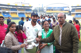 Faiz Fazal's family gets a feel of the trophy after Vidarbha's victory