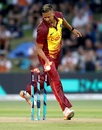 Rayad Emrit ran out Anaru Kitchen on T20I debut, New Zealand v West Indies, 3rd T20I, Mount Maunganui