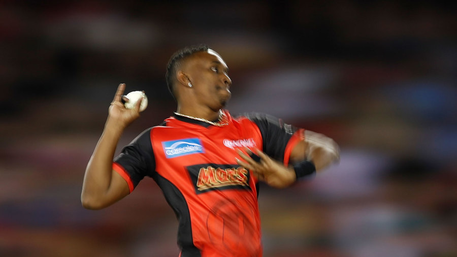 Dwayne Bravo charges in to bowl