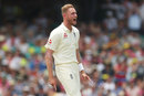 Stuart Broad struck in his first over, Australia v England, 5th Ashes Test, Sydney, 2nd day, January 5, 2018