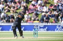 Colin Munro creams one through cover, New Zealand v Pakistan, 1st ODI, Wellington, January 6, 2018