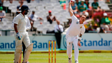 Dale Steyn sends one down