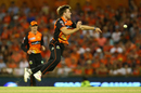 David Willey is airborne while having a shy at the stumps, Melbourne Renegades v Perth Scorchers, BBL 2017-18, Perth, January 8, 2018
