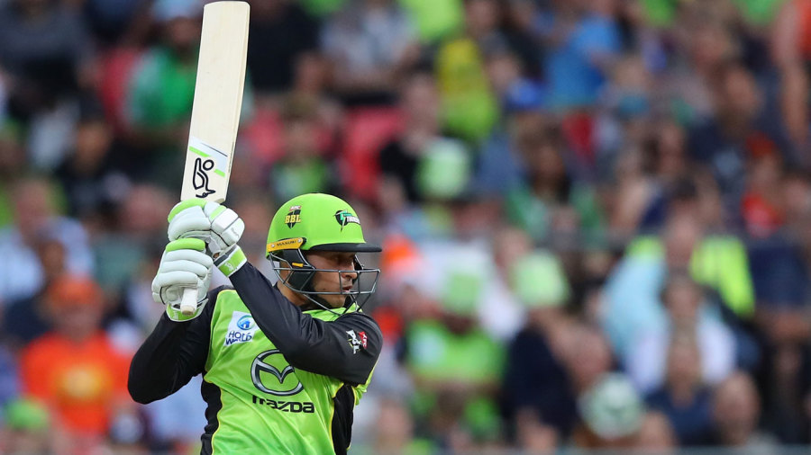 Usman Khawaja played his first BBL match of the season