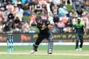 Ross Taylor kept New Zealand ticking with a brisk half-century, New Zealand v Pakistan, 3rd ODI, Dunedin, January 13, 2018