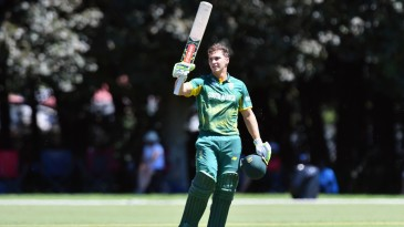 Raynard van Tonder smashed 14 fours and five sixes in his 143