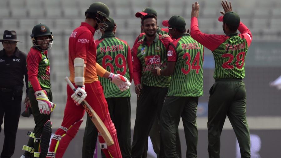 Shakib Al Hasan celebrates a wicket