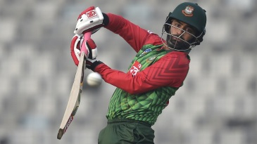 Tamim Iqbal punches away from his body