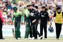 Kane Williamson checks on Shoaib Malik's well-being after the latter was hit on the head, New Zealand v Pakistan, 4th ODI, Hamilton, January 16, 2018