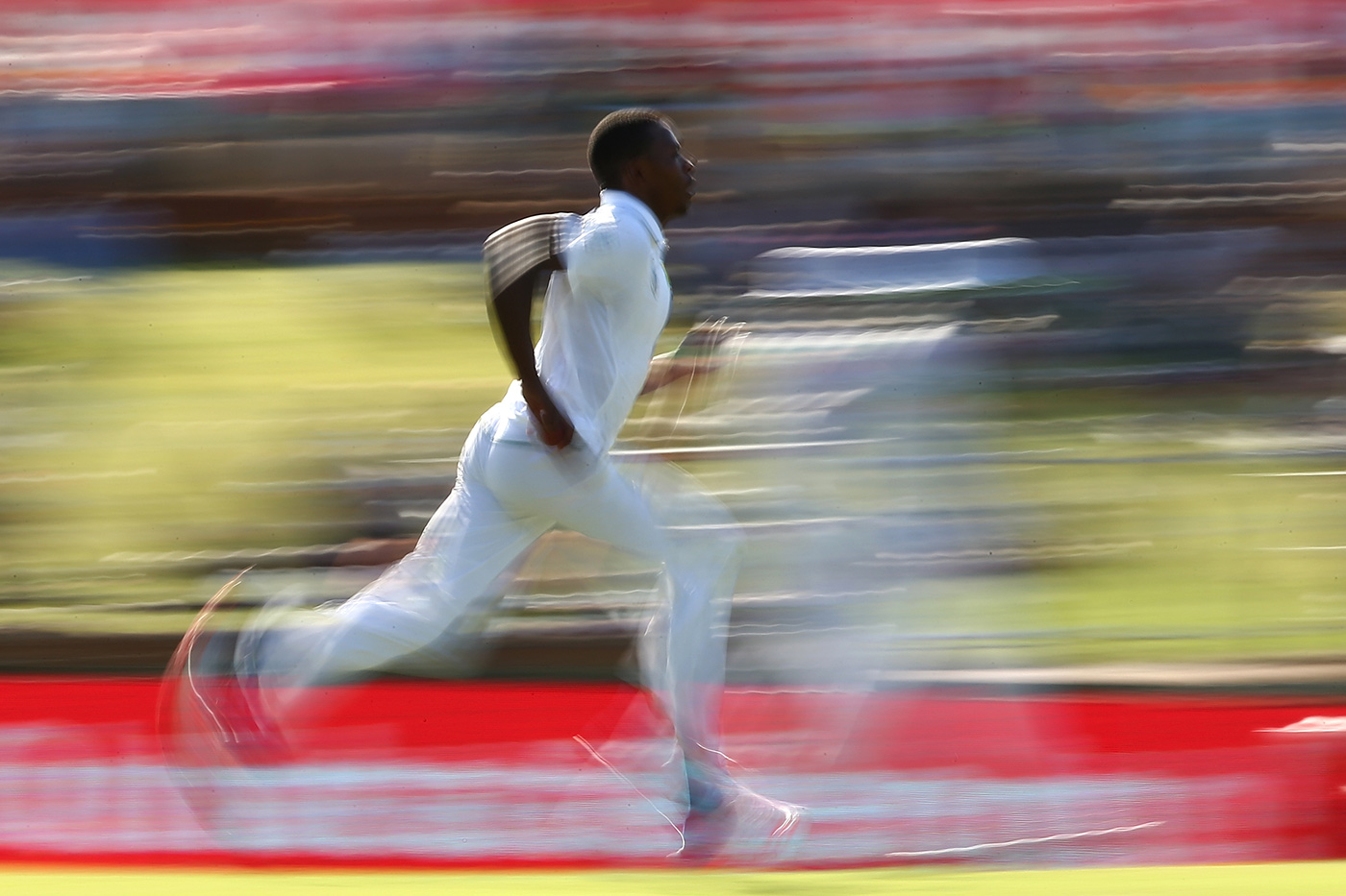 Kagiso Rabada runs in to bowl