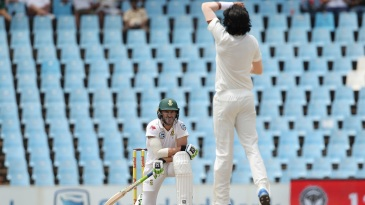 Faf du Plessis reacts after Ishant Sharma delivers a ball