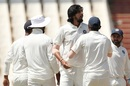 Ishant Sharma celebrates Vernon Philander's wicket, South Africa v India, 2nd Test, Centurion, 4th day, January 16, 2018