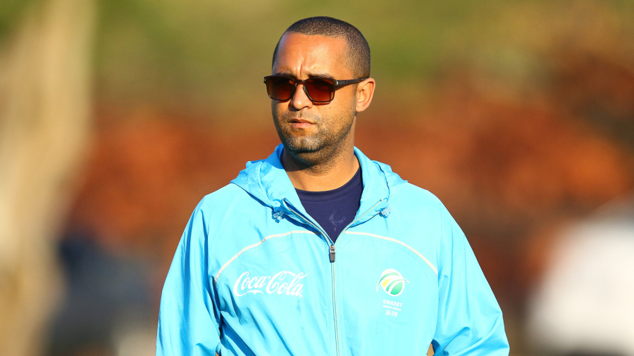 Robin Peterson joined the South Africa Under-19 coaching staff in 2017 as a technical consultant