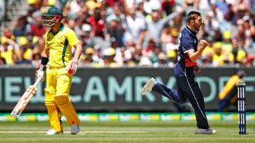 Mark Wood bounced out David Warner at the MCG
