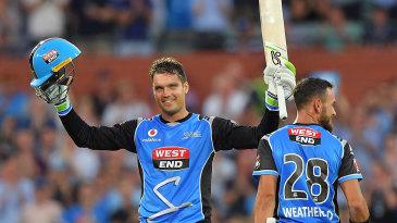 Alex Carey and Jake Weatherald put up a 171-run first-wicket partnership