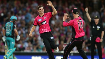 Sean Abbott returned figures of 4-0-11-4