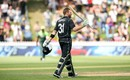 Martin Guptill celebrates his 13th ODI century, New Zealand v Pakistan, 5th ODI, Wellington, January 19, 2018
