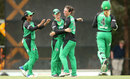 Georgia Elwiss is congratulated by her team-mates, Melbourne Stars v Sydney Sixers, WBBL 2017-18, Melbourne, January 21, 2018