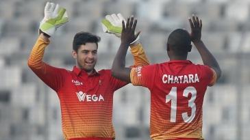 Ryan Murray celebrates a wicket