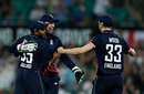 Jos Buttler, Adil Rashid and Mark Wood celebrate victory, Australia v England, 3rd ODI, Sydney, January 21, 2018