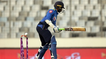 Upul Tharanga was the first to fall in the chase