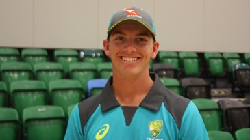 As a 14-year old, Baxter Holt learnt the basics of wicketkeeping from Alyssa Healy