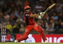 Brad Hodge goes for the big one, Melbourne Renegades v Adelaide Strikers, BBL 2017-18, Melbourne, January 22, 2018