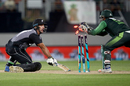 Sarfraz Ahmed stumps Colin de Grandhomme off Shadab Khan, New Zealand v Pakistan, 2nd T20I, Auckland