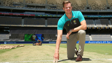 Steven Smith inspects the pitch at the new Perth Stadium