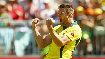 Andrew Tye claimed his maiden five-wicket haul