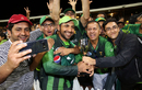 Sarfraz Ahmed takes a groupfie with his fans, Pakistan v New Zealand, 3rd T20I, Mount Maunganui, January 28, 2018