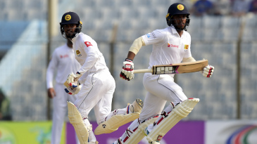 Kusal Mendis and Dhananjaya de Silva go across for a run