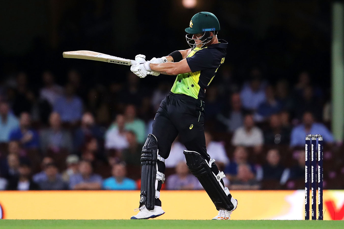 D'Arcy Short Pens New Deal With Hobart Hurricanes