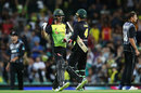 Glenn Maxwell and Alex Carey shake hands on a job well done, Australia v New Zealand, Trans-Tasman T20, Sydney, February 3, 2018