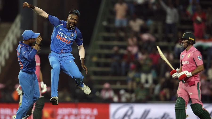 Hardik Pandya is thrilled after dismissing AB de Villiers