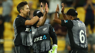 Trent Boult picked up two in two balls during the closing stages